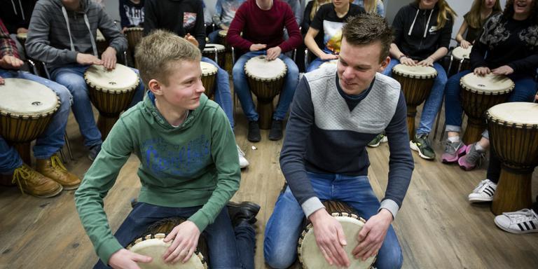 Duizend leerlingen dansen, acteren en maken muziek