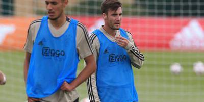 Ajax met Tagliafico en Mazraoui