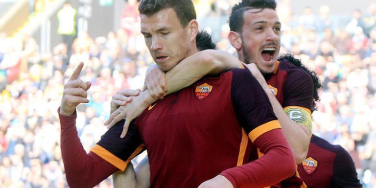 AS Roma blijft in de achtervolging