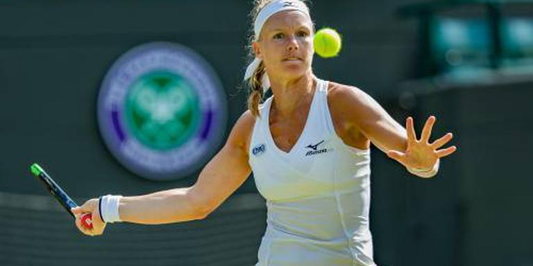 Bertens met winst op Kvitova naar kwartfinale