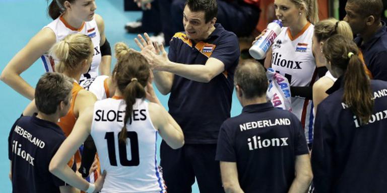 Volleybalsters naar halve finales Montreux
