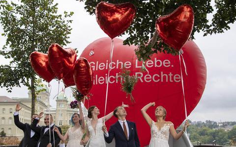 Ruime meerderheid Zwitsers lijkt homohuwelijk te steunen