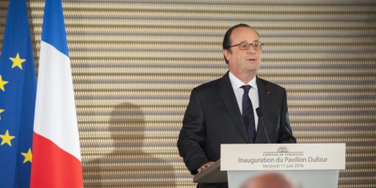 Hollande moet zich bewijzen in voorverkiezing