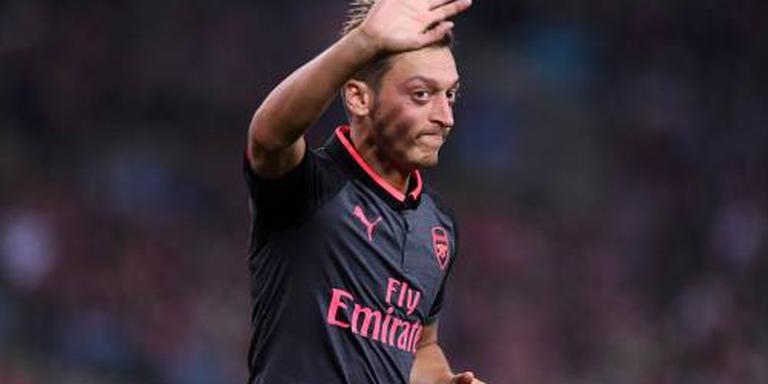 Arsenal mist zieke Özil
