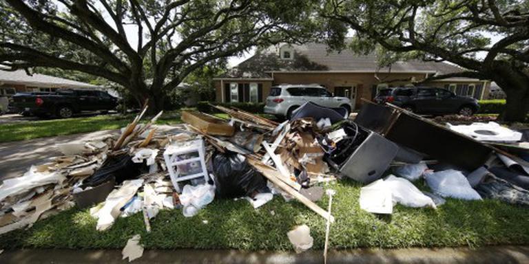 Dodental noodweer zuidoosten VS naar 14