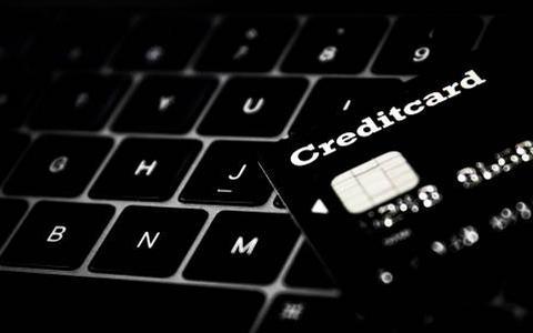 FIOD pakt 51-jarige Coevordenaar op voor grootschalige fraude met gestolen elektronica