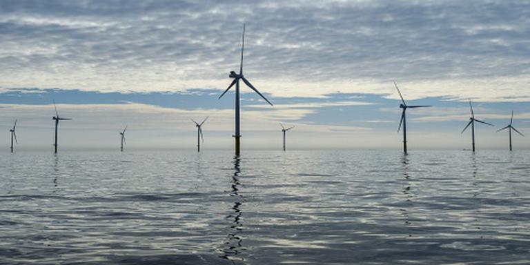 'Laat mensen profiteren van zeewindparken'