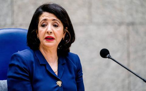 Kamervoorzitter Khadija Arib vraagt oud-verkenners Kajsa Ollongren en Annemarie Jorritsma om tekst en uitleg over 'notitiegate'