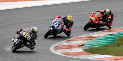Turkse tiener wint bij debuut in Moto3