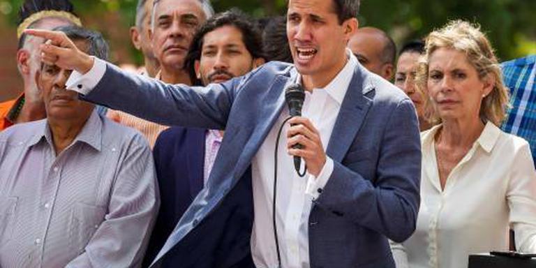 Machteloze parlementschef daagt Maduro uit