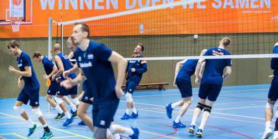Volleyballers tegen wereldkampioen Polen