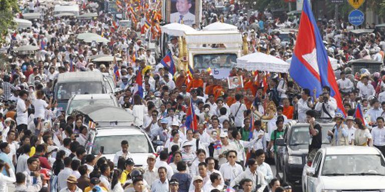 Duizenden bij uitvaart Cambodjaanse activist