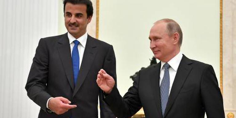 Poetin draagt organisatie WK over aan Qatar