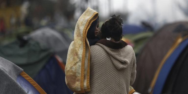 Burgerwachten Bulgarije knevelen migranten