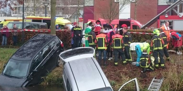 Brandweer Pieten helpen bij ongeval Hoogezand.