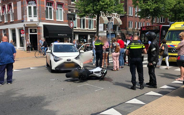 Motorrijder aangereden op het Gedempte Zuiderdiep in Groningen.
