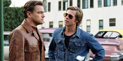 Leonardo DiCaprio en Brad Pitt in Once upon a time... in Hollywood.