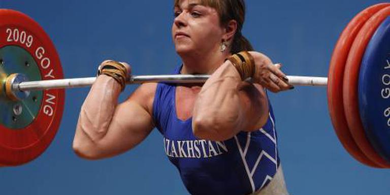 Gewichthefsters moeten OS-goud inleveren
