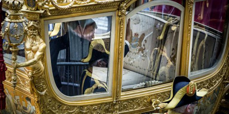 Rutte haalt Raad van State bij geld koning