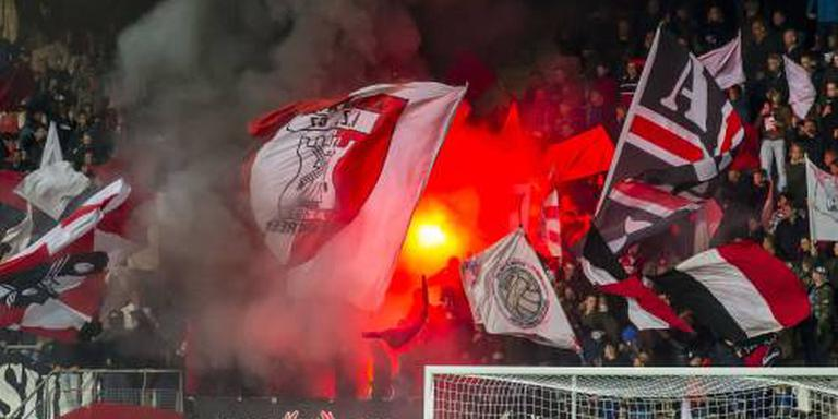Boete AZ vanwege vuurwerk in Europa League