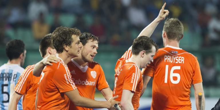 De Oranjehockeyers na een overwinning op Argentinië. FOTO ANP