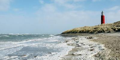Eeuwenoude zwerfkeien gevonden op Texel