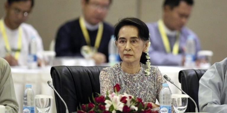 Suu Kyi voert besprekingen in China