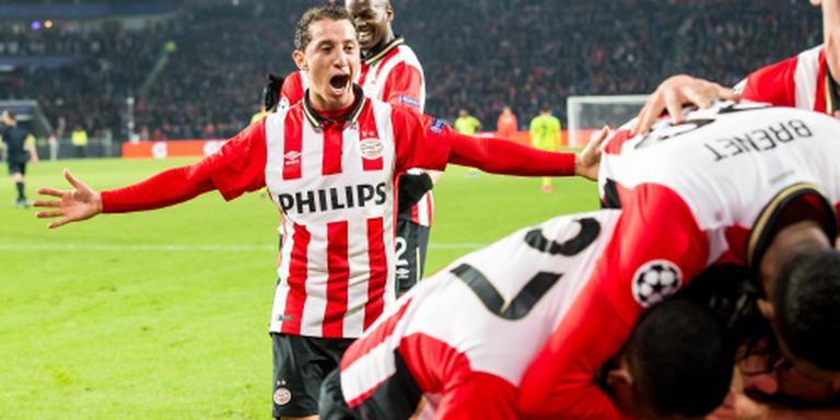Guardado traint mee met PSV