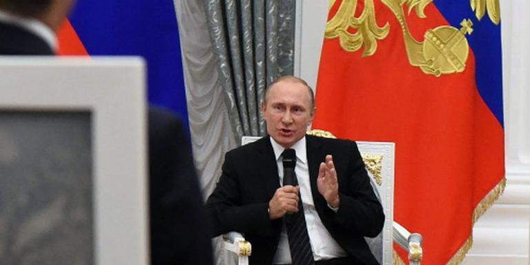 Poetin hekelt bangmakerij in VS over Rusland