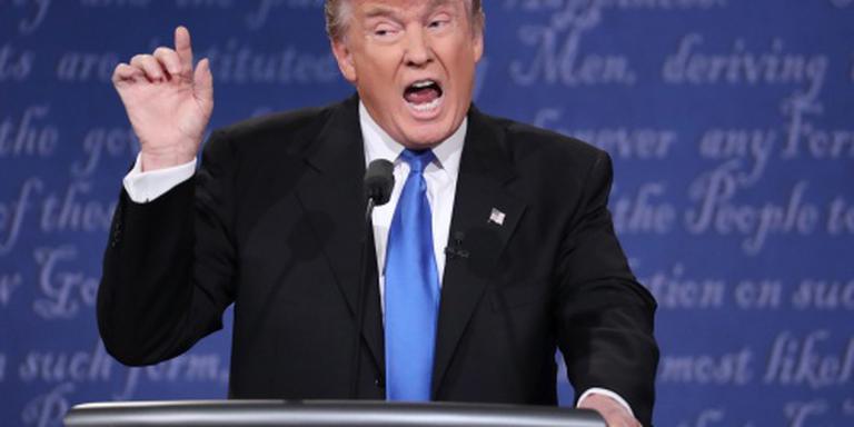 Trump richt pijlen weer op Bill Clinton