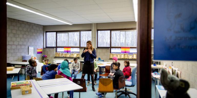 Eerste schooldag 520 'asielkinderen' succes
