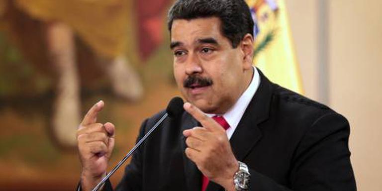 Maduro wijst bij 'aanslag' naar Colombia