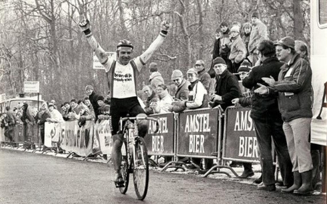 Wielerkampioen Klaas Stobbe (75) uit De Wilp overleden - Dagblad van het Noorden