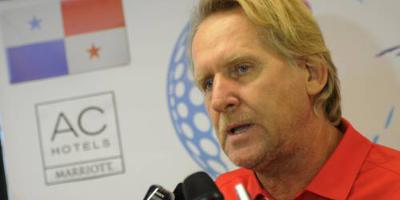 Schuster coach in China