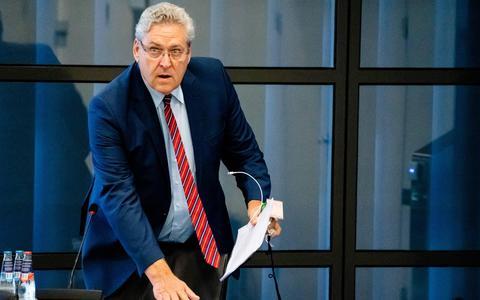 Commentaar: Bij 50Plus opgestapte Henk Krol laat een ontredderde club achter