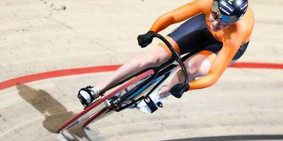 Van Riessen wint keirin bij wereldbeker