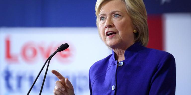 Clinton wil successierechten tot 65 procent