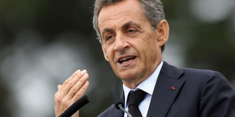Sarkozy wil eenheid in kamp conservatieven