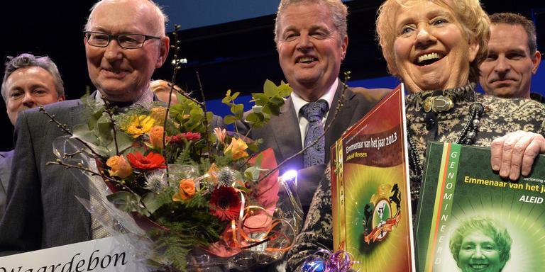 Burgemeester leidt jury dierentuin-expositie