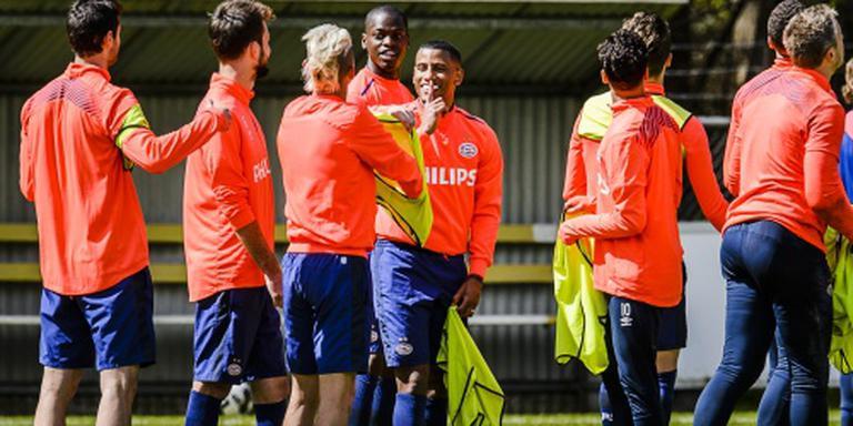 Wordt Ajax of PSV kampioen?