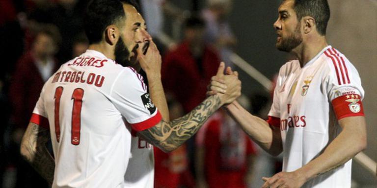 Benfica komt goed weg op Madeira