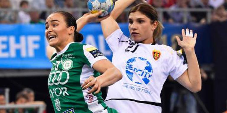 International Broch stopt met handballen