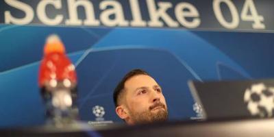 Schalke 04 gunt doelman Fährmann basisplaats