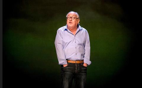 Youp van 't Hek is 65: 'Ik treed in discussie met mezelf'