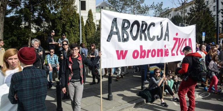 Polen protesteren tegen verbod op abortus