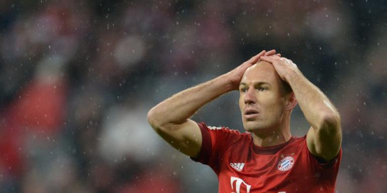 Robben na een helft gewisseld bij Bayern
