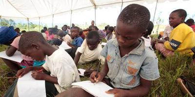 1,9 miljoen Afrikaanse kinderen niet naar school