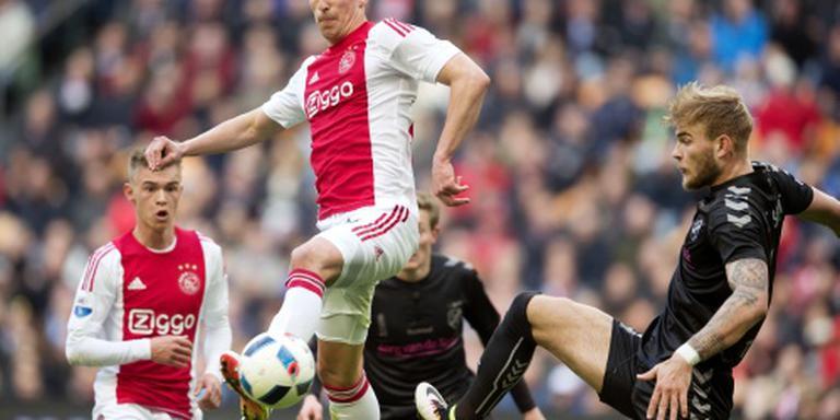 Ajax ontsnapt met gelijkspel tegen FC Utrecht