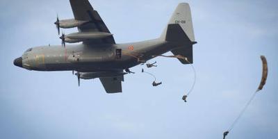 Defensie oefent laagvliegen boven zuidoosten