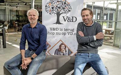 Aandeelhouder Ronald van Zetten (l.) en topman Alexander van Slooten zijn volle bak bezig met de lange termijn voor V&D 2.0.